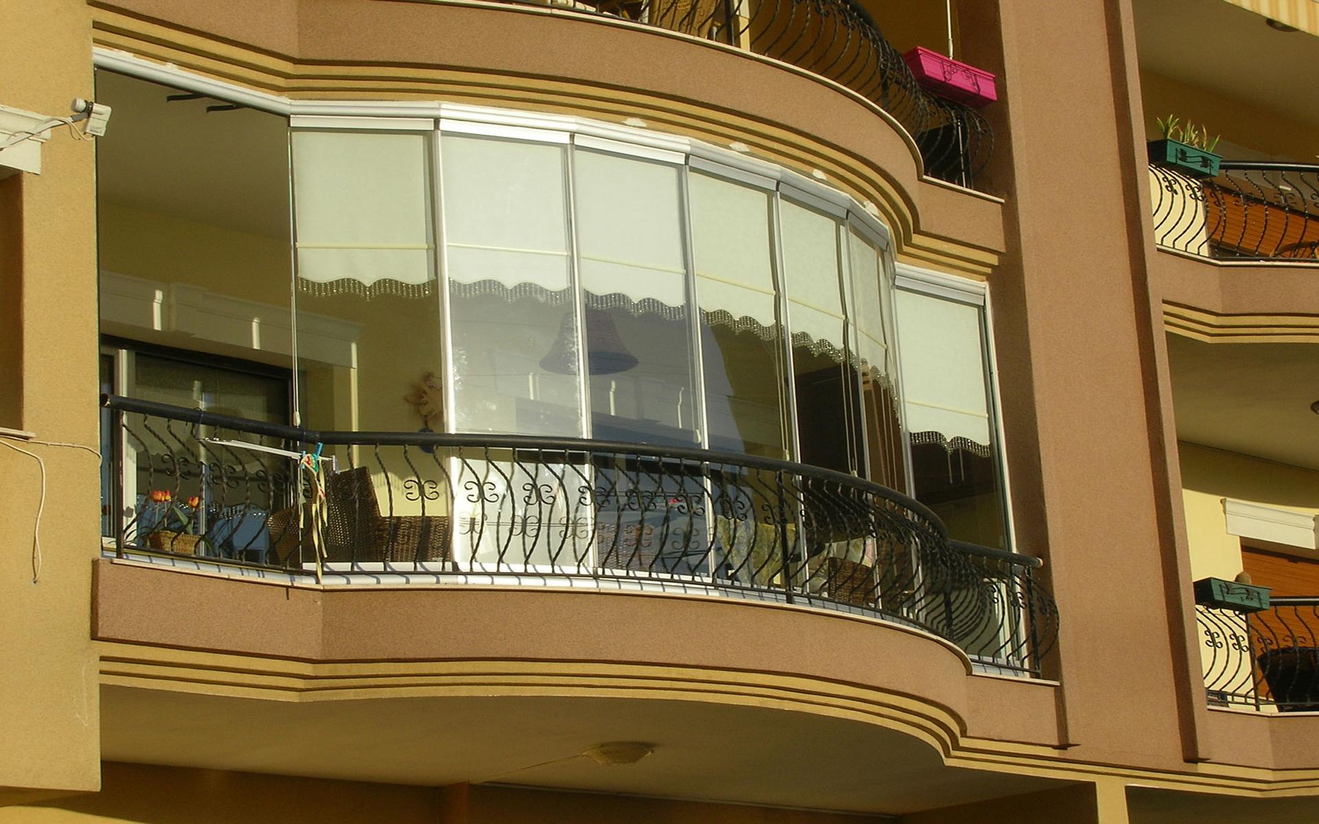 ankara oval cam balkon